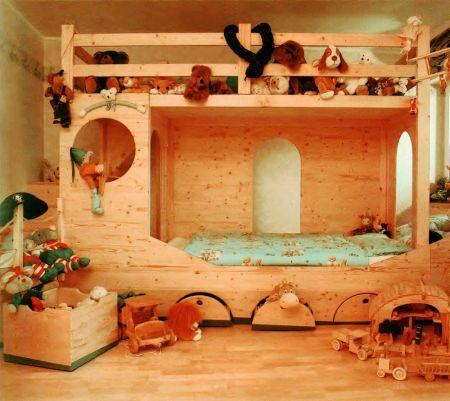 Что может быть лучше, чем деревянная кроватка для вашего ребенка