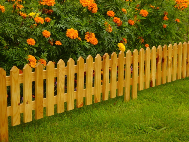 Как сделать забор для цветов