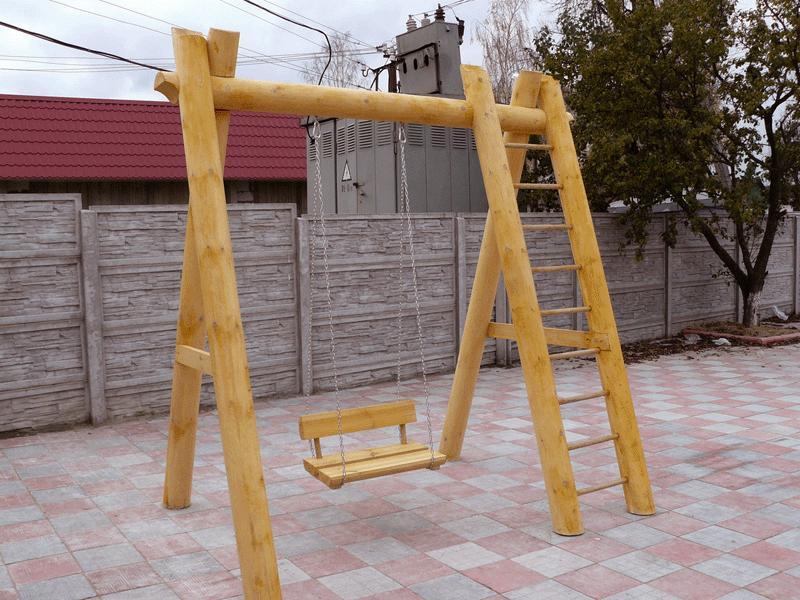 Детская площадка должна быть открытой и просторной