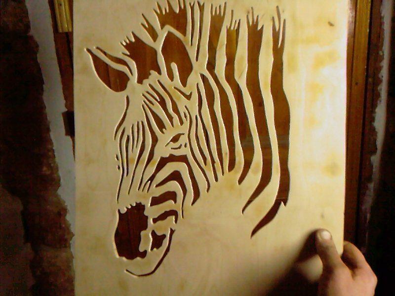 Добавить сзади черный фон, и зебра оживет