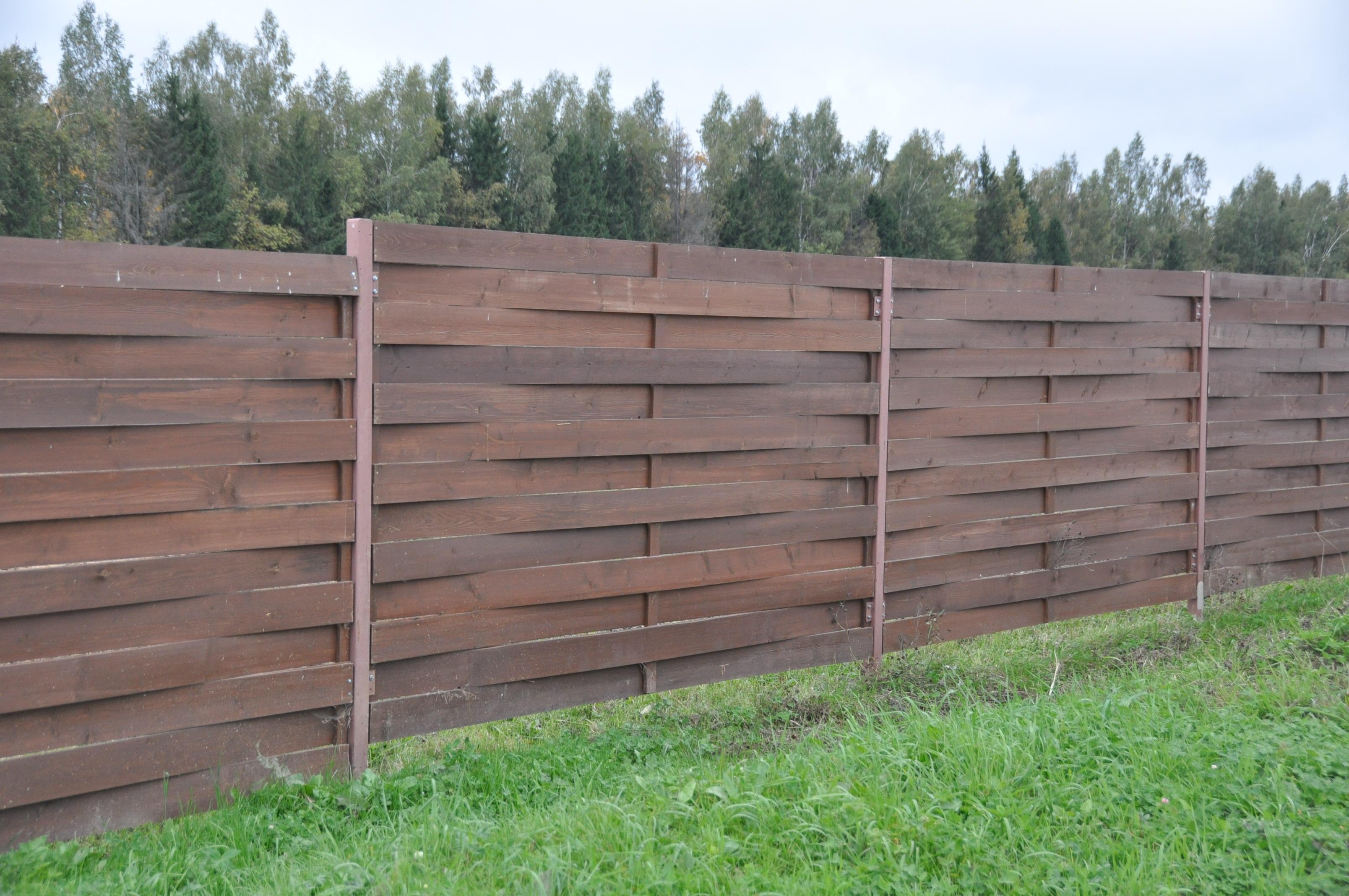 Фабричная имитация плетеной ограды