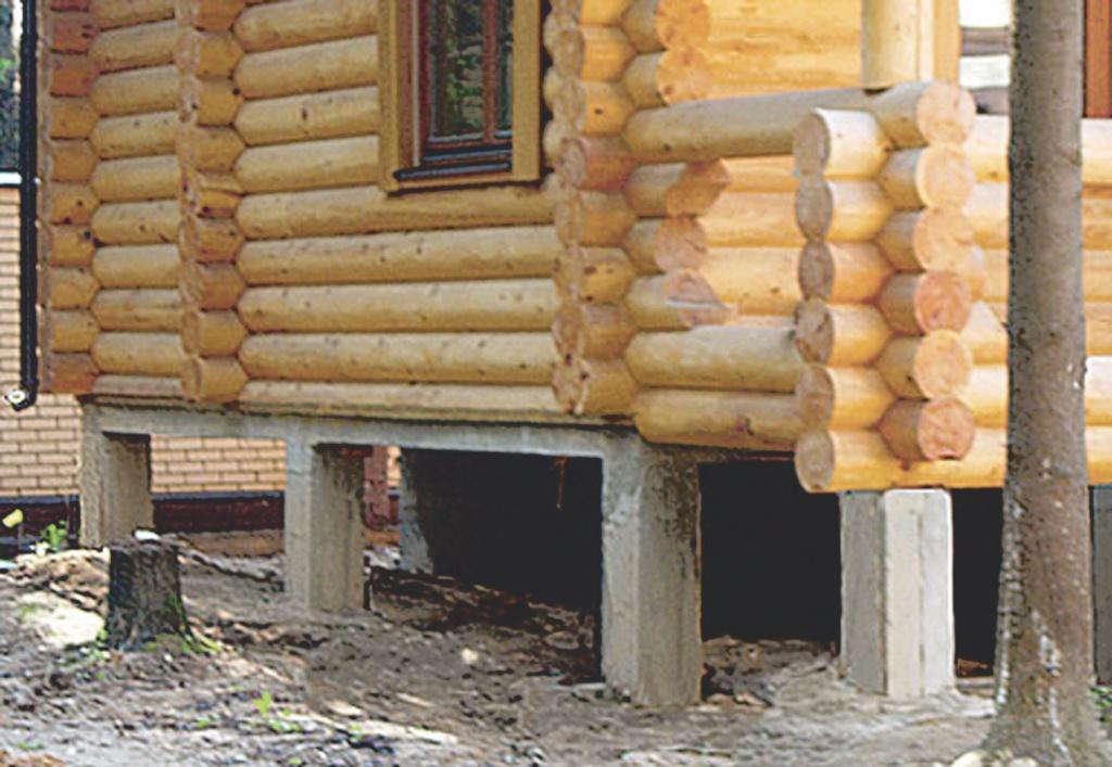 Фото фундамента под деревянный сруб.
