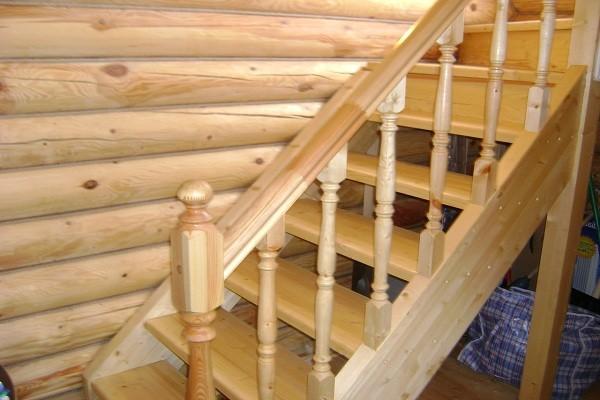 Фото лестницы на даче.