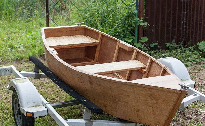 Чем покрасить фанерную лодку своими руками