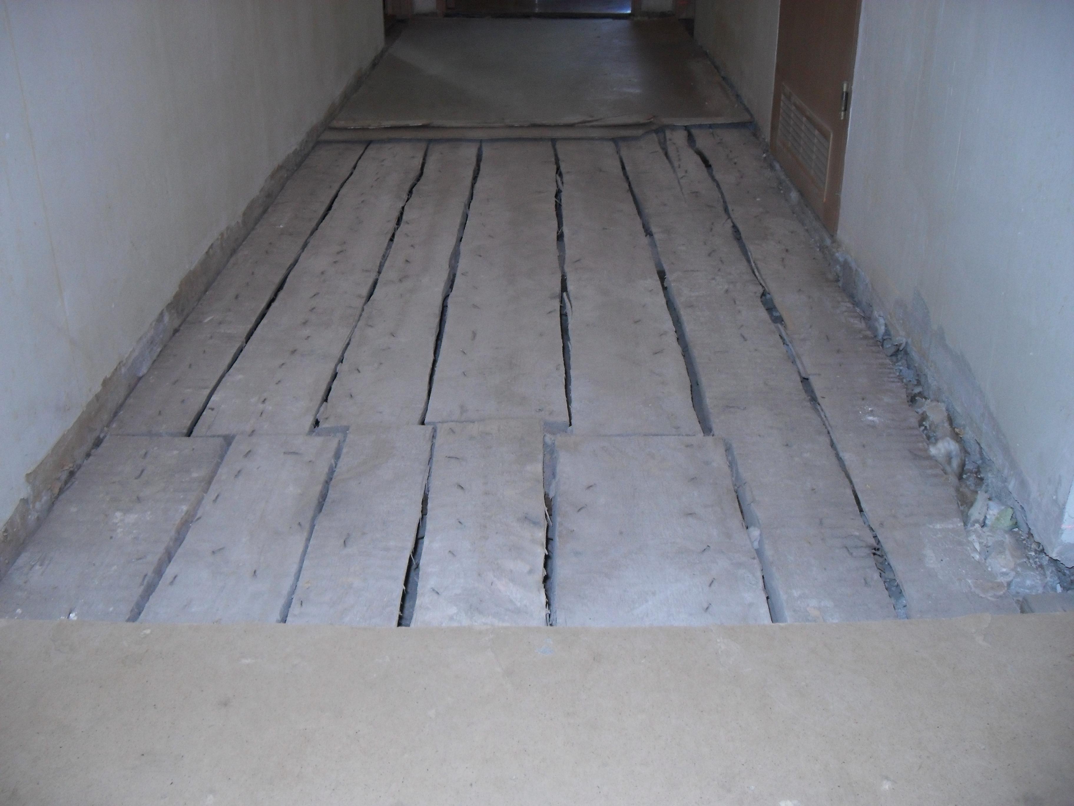 Ремонта оборудование крыши гаража для