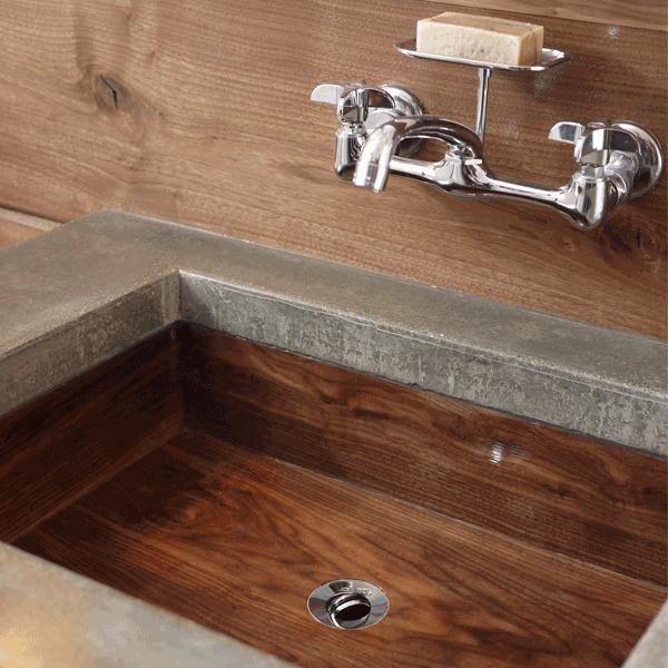 Готовая деревянная раковина в бетонной столешнице