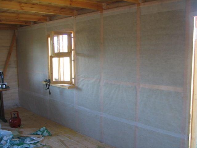 Качественная пароизоляция стен изнутри деревянного дома