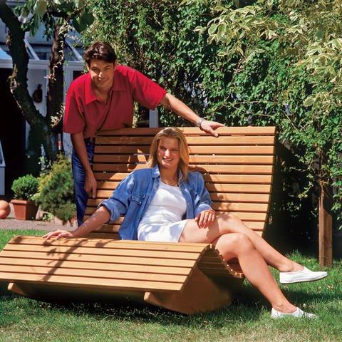 Кресло-качалка из дерева своими руками – прекрасный выбор для дачи.