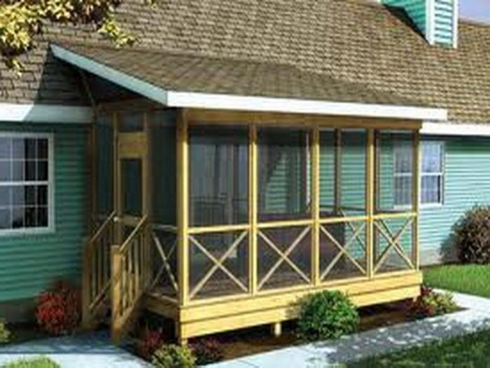 Крыльцо-веранда деревянного дома - функциональное решение, но сделать данный вариант намного сложнее