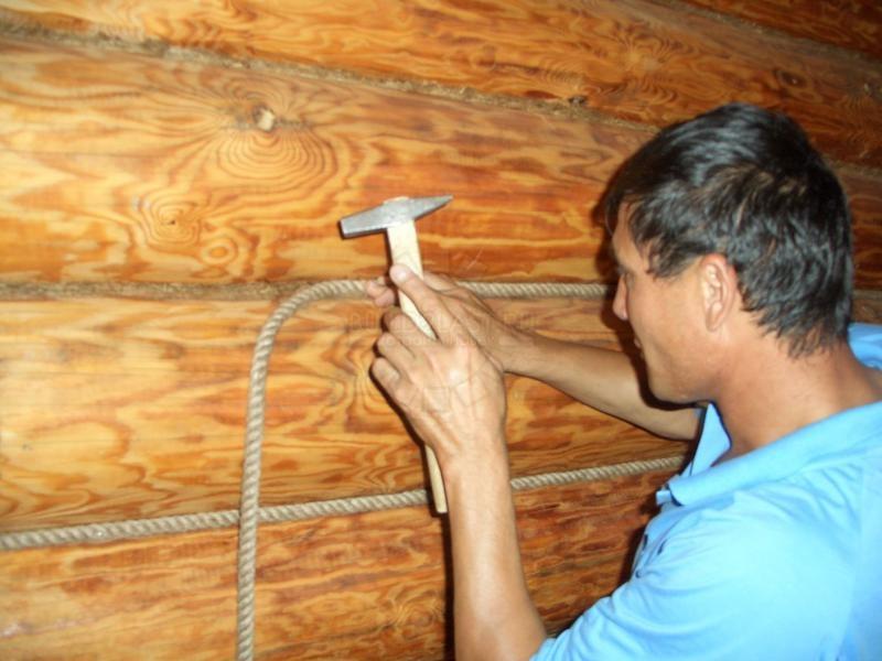 Льняная веревка больше подойдет для декорирования изнутри.