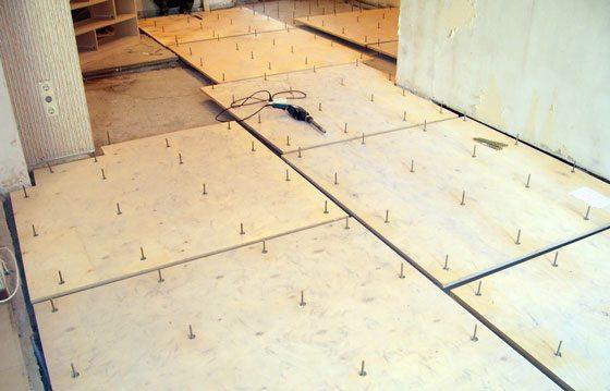Монтаж древесно-слоистых плит в качестве чернового пола