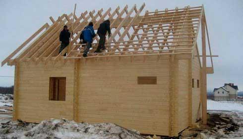 Монтаж крыши брусового дома