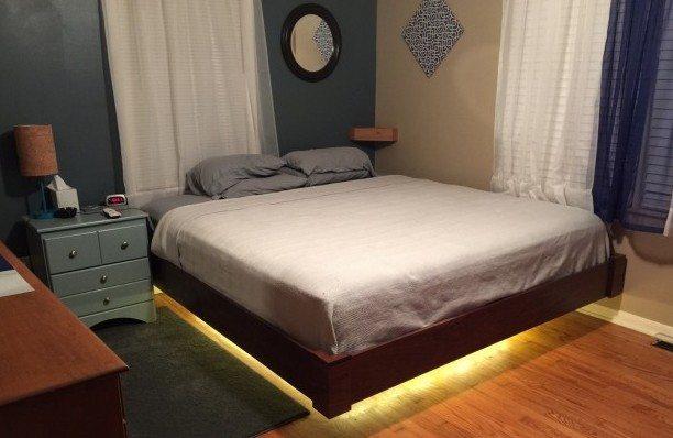 На фото «парящая» кровать, которую вы сможете собрать своими руками