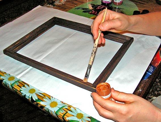 Как покрасить рамку для акриловой краской