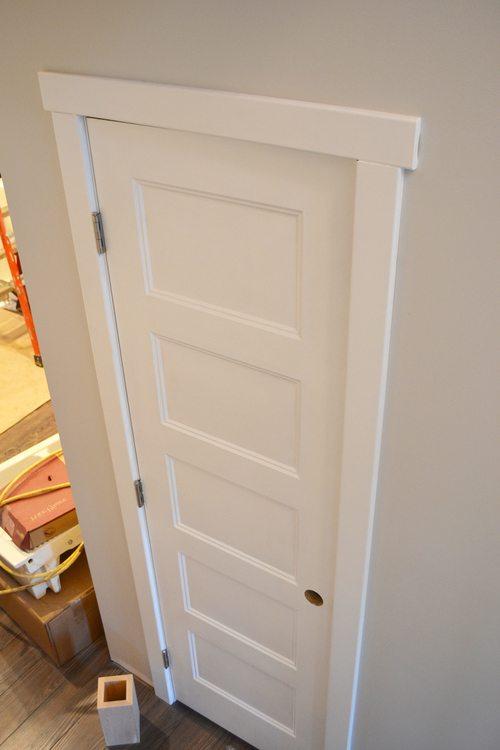 Однослойная фанерная дверь