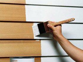 Окраска дерева щёткой в белый цвет