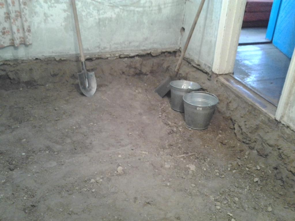 Подготовка грунта для стяжки