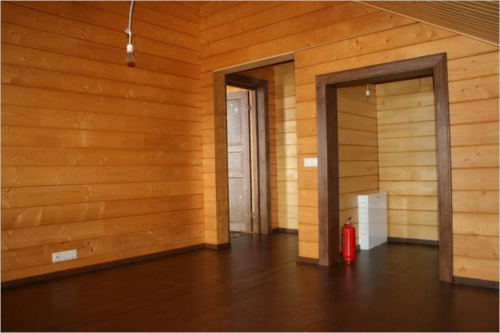 Покрытие деревянных стен внутри акриловым лаком