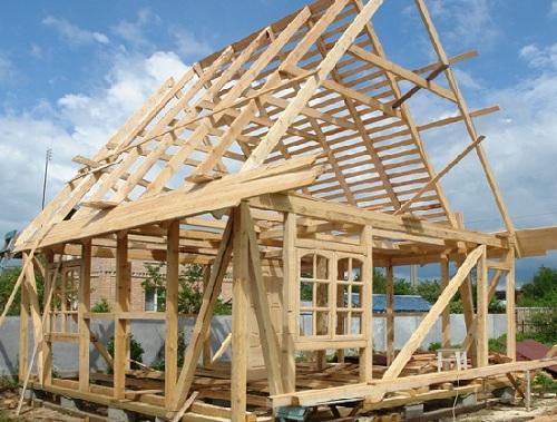 Постройка деревянного дома из бруса своими руками является непростым мероприятием