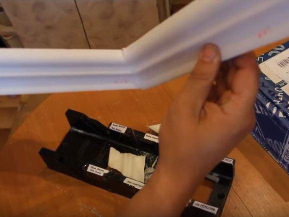 Правильно порезанные багеты соединяются под прямым углом