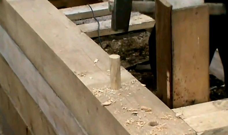 Применение нагелей уменьшает коэффициент деформаций деревянных стен в процессе усадки