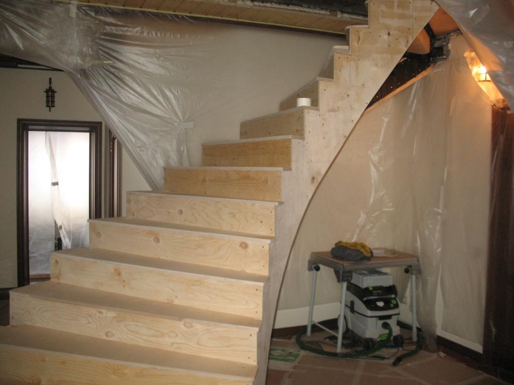Лестницы из фанеры своими руками