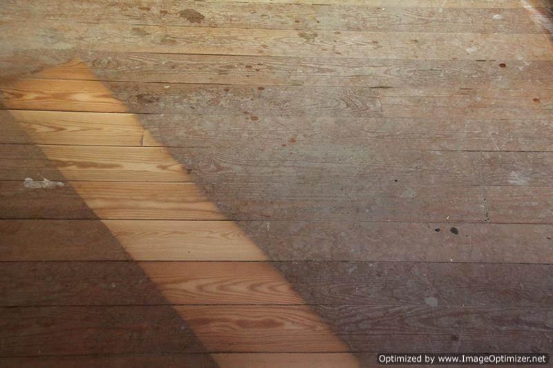 Разница между нешлифованной древесиной и шлифованной