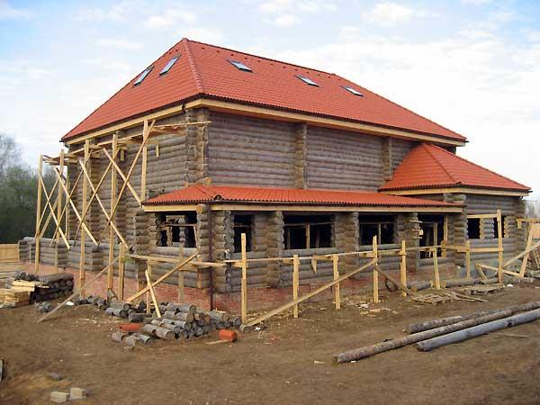 Реконструкция деревянного жилого дома на загородном участке.