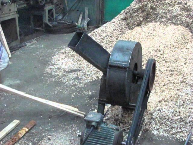 Измельчитель древесины.- (щепорез) The wood chipper - YouTube