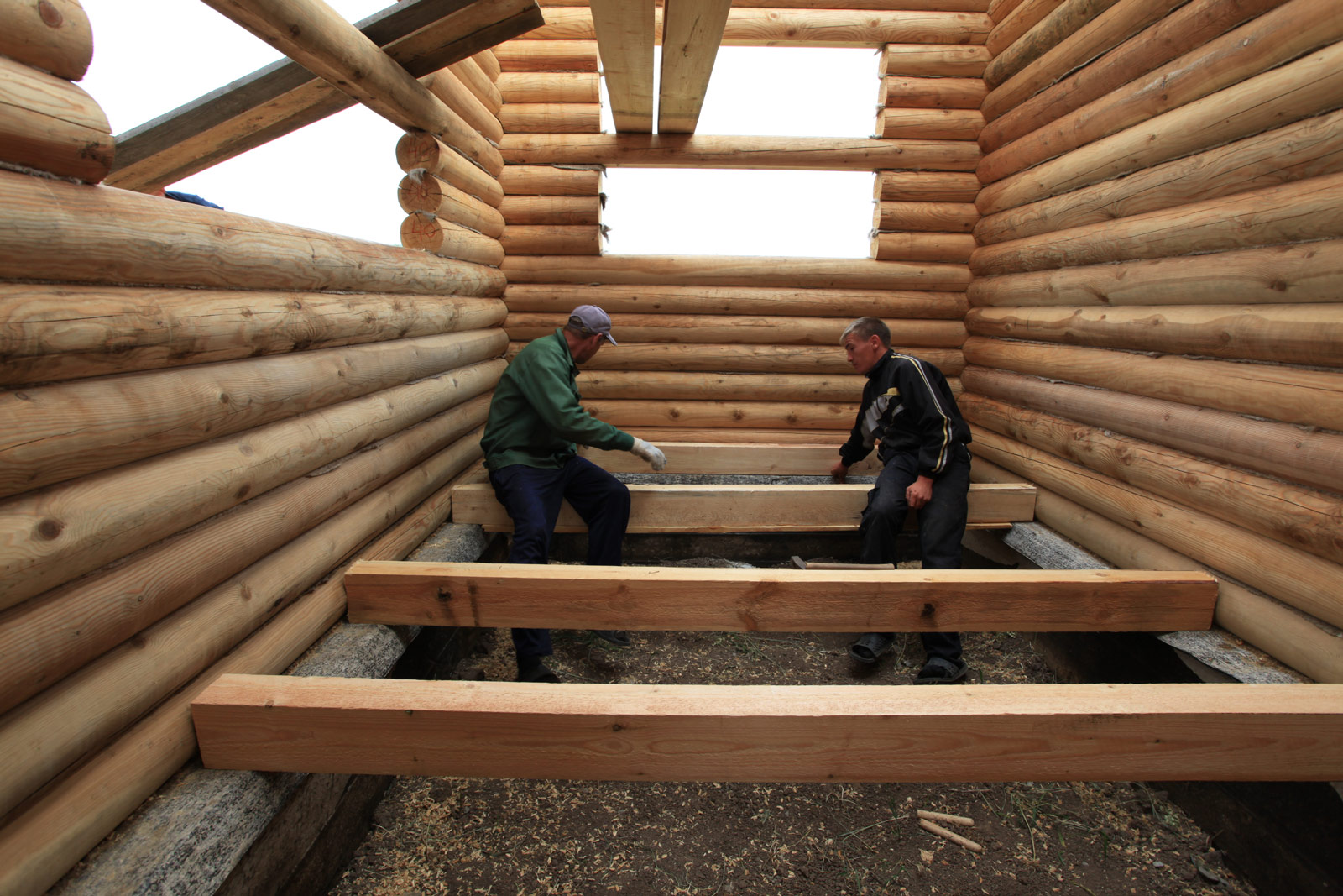 Пол в деревянном доме своими руками с
