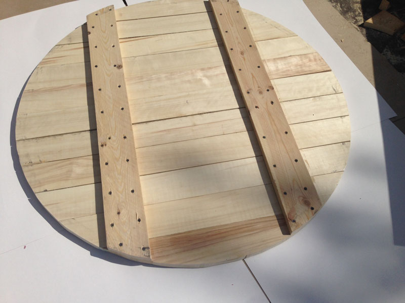 Щит-крышка из осины для установки поверх гравийного фильтра