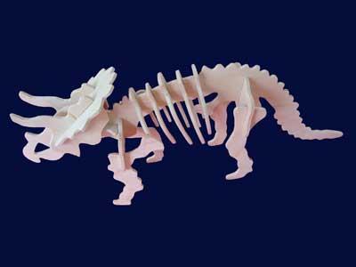 Сделать такого динозавра гораздо проще, чем кажется на первый взгляд, его мы и возьмем в качестве примера