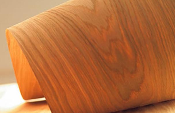 Шпон – это тонкий срез с листа древесины толщиной от 0,2 до 5 мм