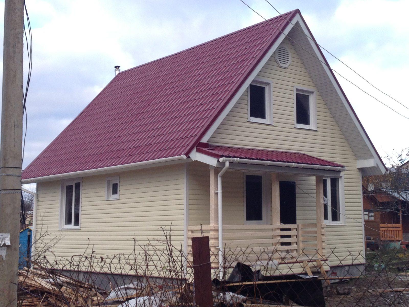 Сочетание цвета фасада и крыши – основной критерий.