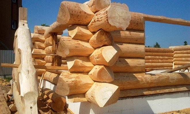 Сохранение естественной структуры материала делает его наиболее прочным и надежным.