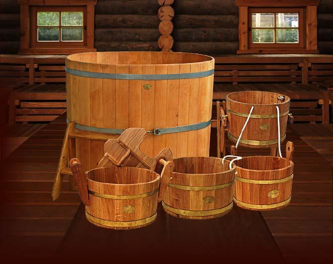 Создать традиционный сельский антураж без деревянной посуды невозможно.