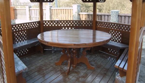 Стол для беседки из дерева