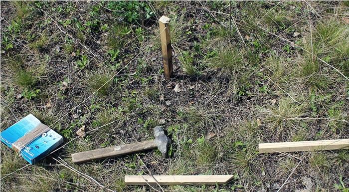 Строительство деревянных заборов начинается с разметки