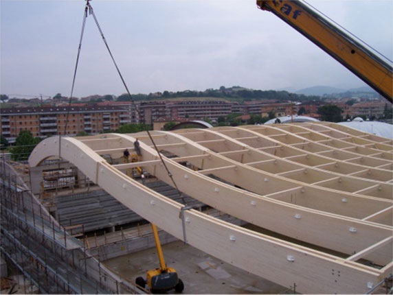 Строительство навесной конструкции из БКДК.