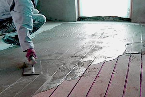 Как сделать стяжку пола в ванной в деревянном доме - Pumps.ru