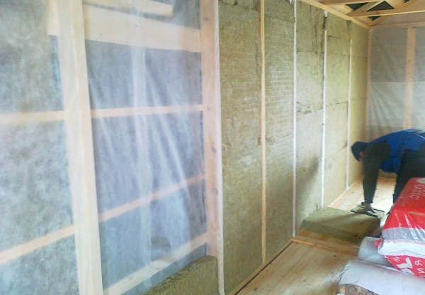 Теплоизоляция второго этажа деревянного дома изнутри