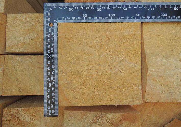 Толщина бруса для бани должна быть не менее 150 мм