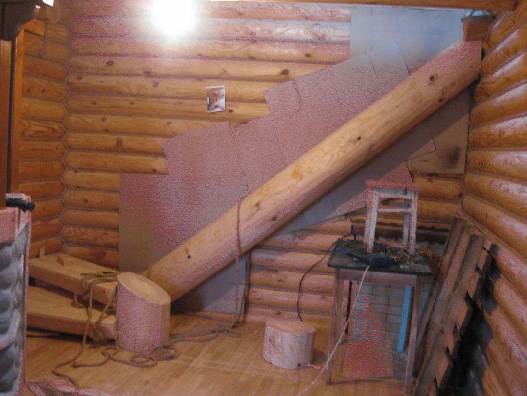 Торцы несущих конструкций зарезаются под нужным углом для наилучшего примыкания