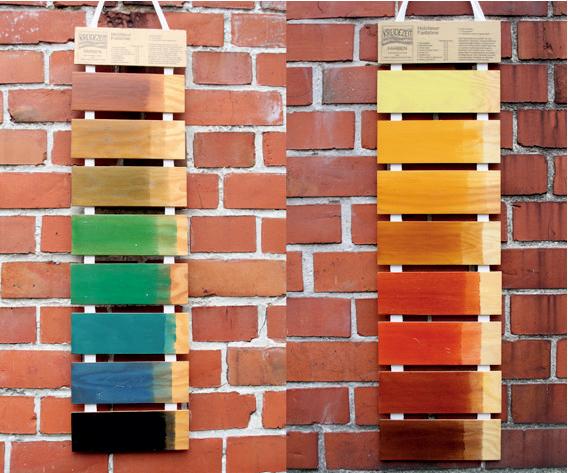 Цветной лак по дереву для наружных работ позволит реализовать вам практически любой проект