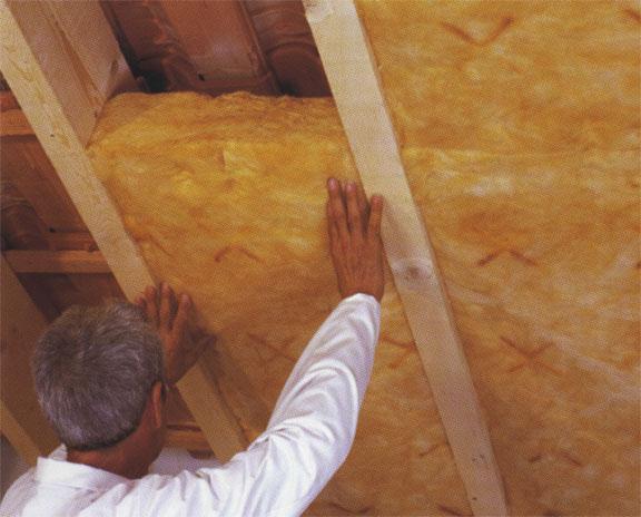 Утепление деревянной мансарды изнутри между профилями