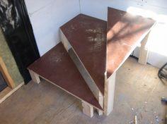 В этом примере забежные ступени изготовлены неверно, угол не должен быть острым