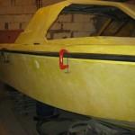 чем клеиться резиновая лодка