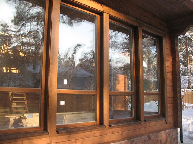 Выбирая рамы из дорогих пород древесины можно создать просто потрясающий внешний вид