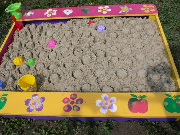 Бортики можно раскрасить в веселые цвета