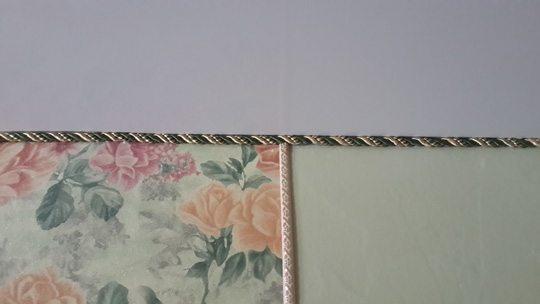 Декоративный шнур, примененный вместо плинтуса